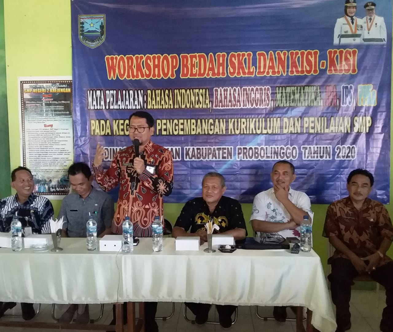 Photo of 120 Guru Mapel SMP Ikuti Workshop Bedah SKL dan Kisi-Kisi